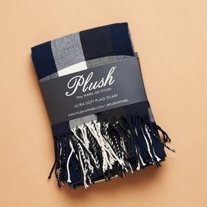Plush ultra soft plaid scarf - navy blue and white